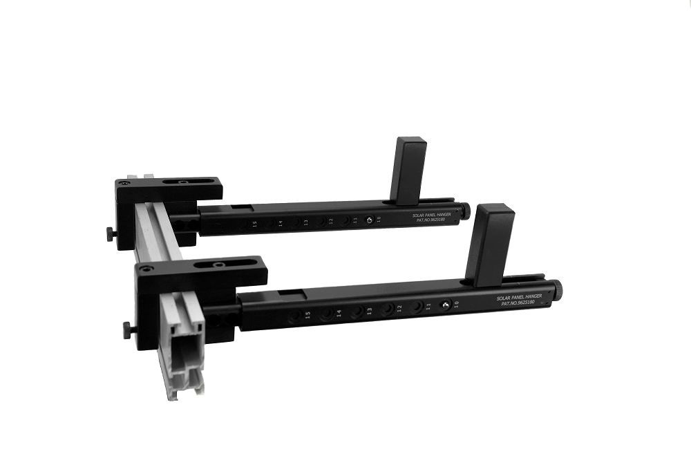 solar-panel-hanger-set-in-mounting-position.png